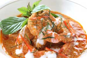 bowl of red curry